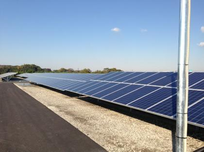 太陽光発電所訪ねて三千里。地球にも自分の懐にも優しい生き方を開拓する新エネルギーマニアの諸国漫遊記-下から見るといまいち
